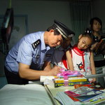 Yang Shun-De, China—The Policeman and Counselor who fights cancer